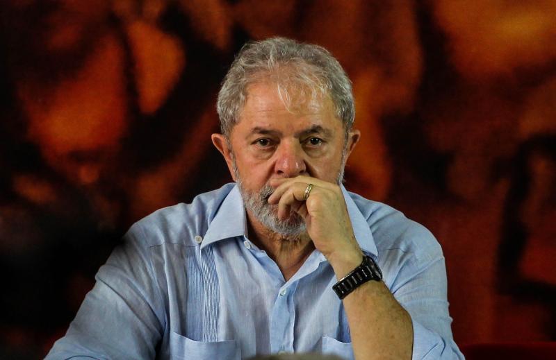 TSE decide rejeitar a candidatura de Lula a presidente