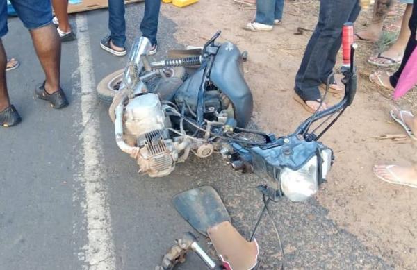 Acidente envolvendo três motos deixa vítima grave no Piauí