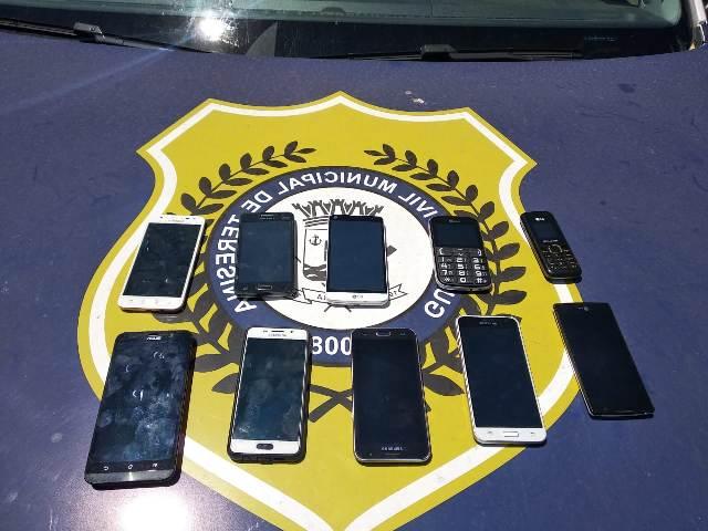 Guarda Municipal apreende 40 celulares na Praça da Bandeira