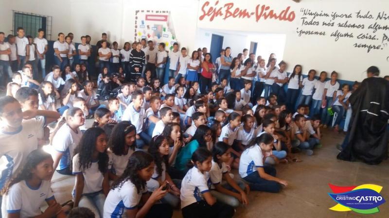 Prefeitura de Cristino Castro em parceria com secretarias realizaram a semana de combate a Dengue
