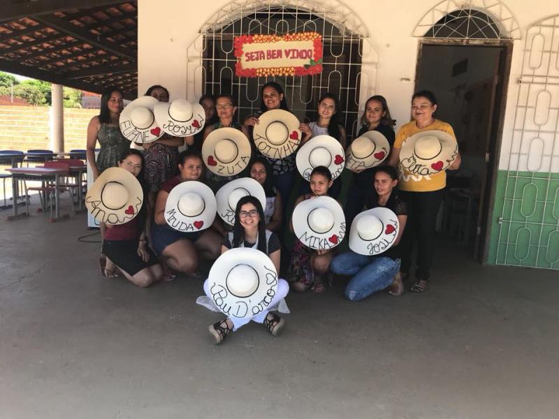 Prefeitura de Pau D'Arco realiza curso de Chapéus Personalizados