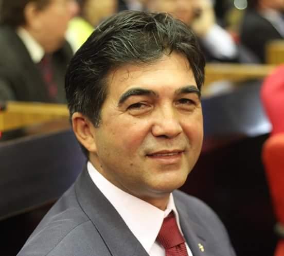 Deputado Limma defende cobrança de impostos dos ricos