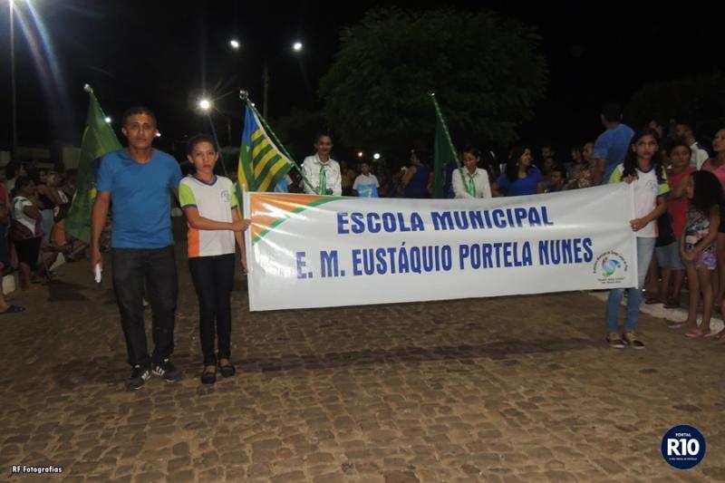 EMEPN| Faz apresentação no tradicional desfile de 7 de Setembro em C. Largo