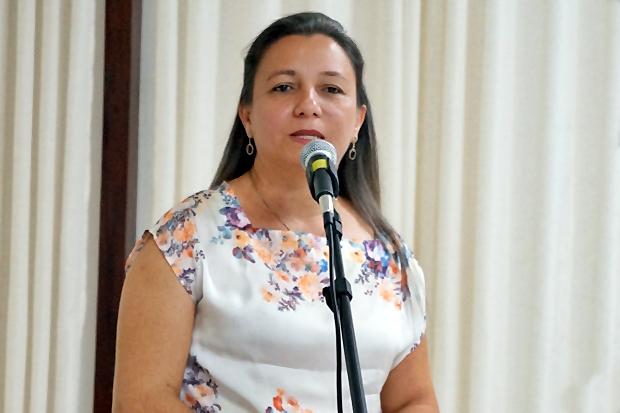 Prefeita de Esperantina Vilma Amorim exonera 127 comissionados