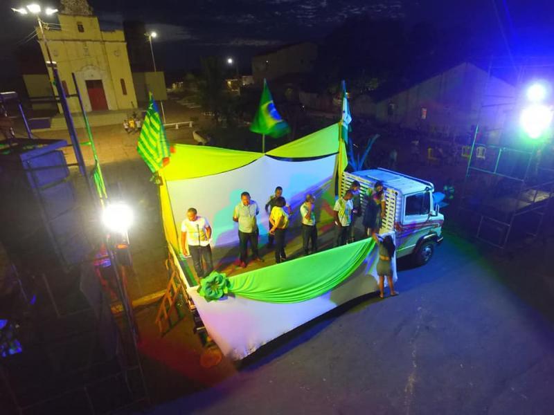 Prefeitura de Barro Duro realiza desfile cívico de 7 de Setembro