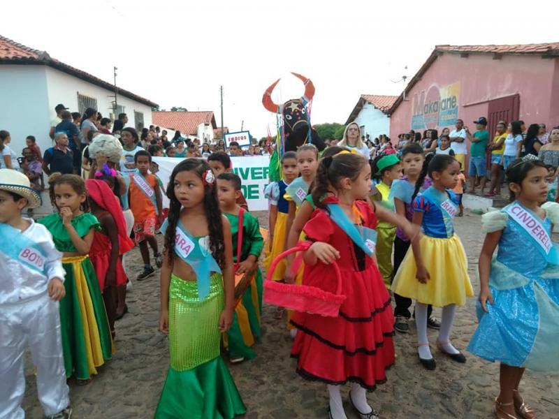 Prefeitura de Prata do Piauí realizou desfile cívico