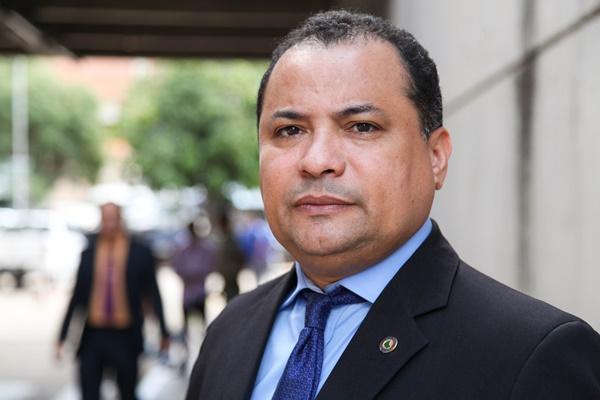Operação Itaorna: Evaldo Gomes pede que população fique alerta
