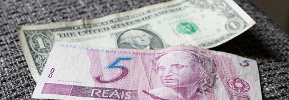 Dólar sobe para R$ 4,19 e bate recorde histórico de fechamento