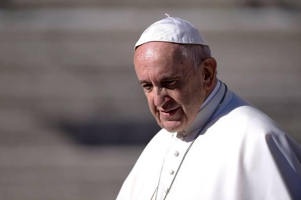 Papa diz que 'não é possível mafioso acreditar em Deus'