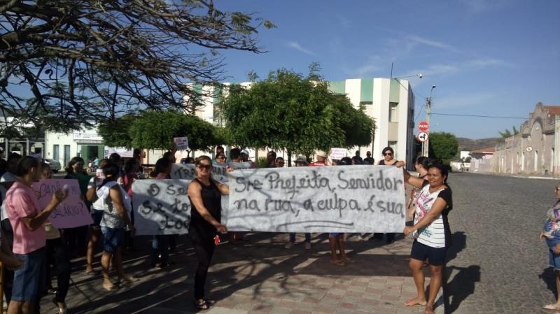 Trabalhadores da Educação de Pio IX fazem manifestação