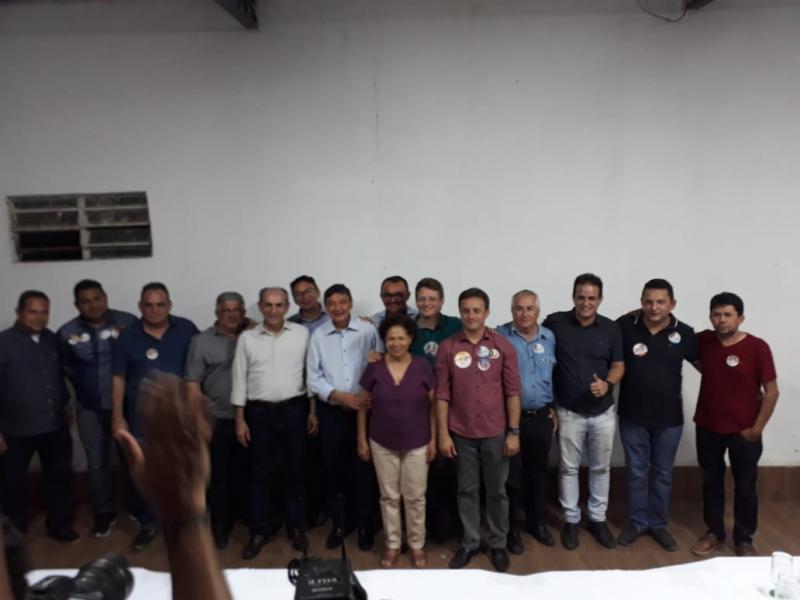 Prefeito Participa de encontro com Governador em Santa Cruz