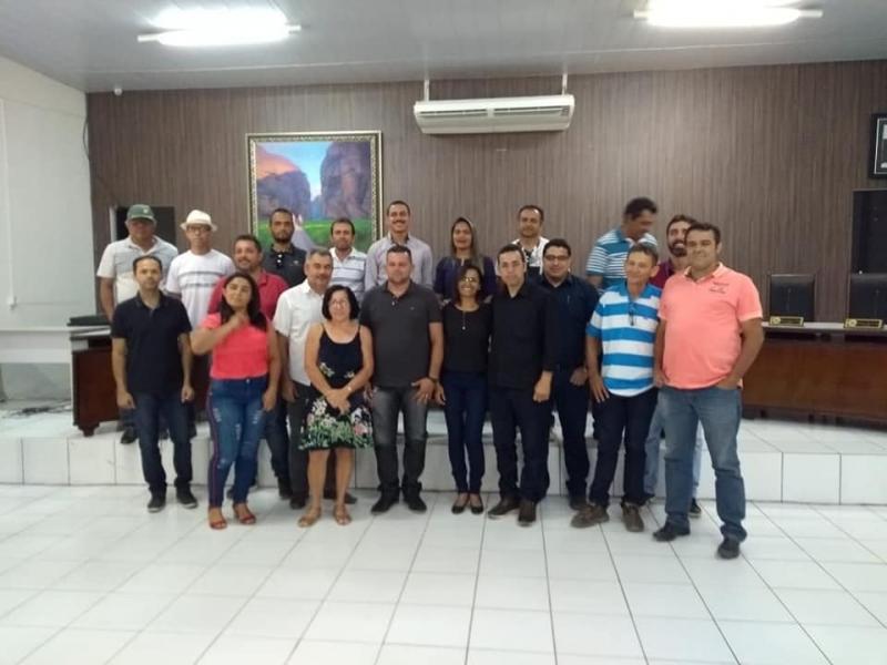 Vereadores de Gilbués participam de posse do presidente do CBH Rio Gurguéia