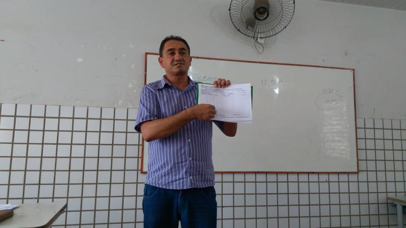 Diretor Josué Marques faz reunião interna com monitores de programa