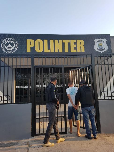 Operação prende acusados de roubo de veículos em Teresina