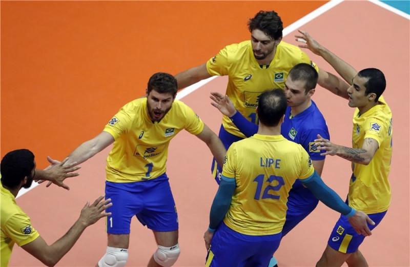 Brasil define futuro no Mundial masculino contra China