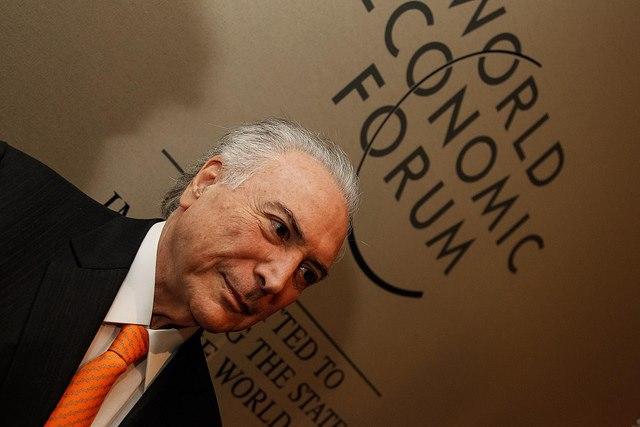 Michel Temer ameaça cortar repasse do 'Mais Médicos'