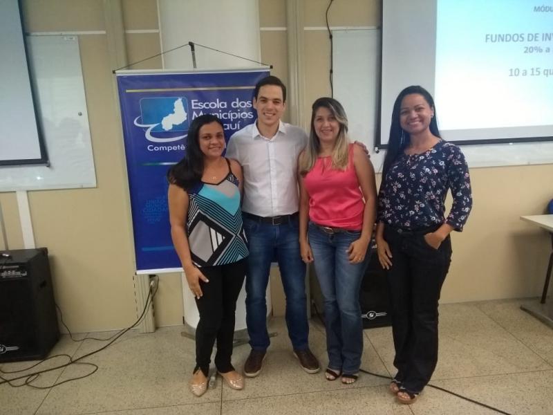 Gestoras do Demerval Lobão PREV participam de Curso CPA-10 em Teresina