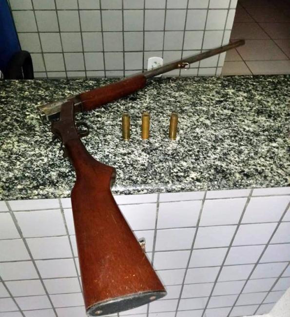 Idoso é preso após tentar matar mulher com tiro de espingarda no Piauí
