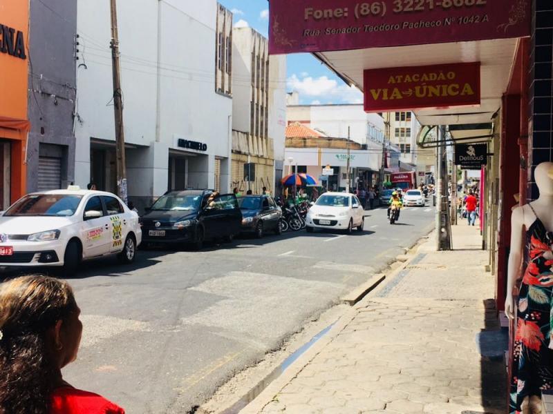 Empresas devem pagar taxa para renovação de Alvará em Teresina