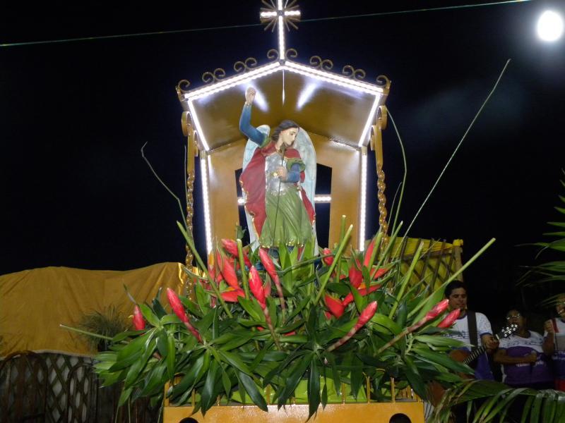 Multidão acompanha inicio dos Festejos de Matias Olímpio