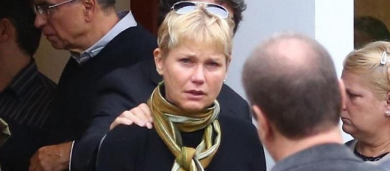 Fã de Xuxa morre após reencontrá-la e passar mal