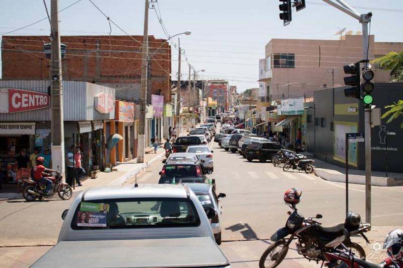 Populares realizam carreata pró-Bolsonaro em Corrente