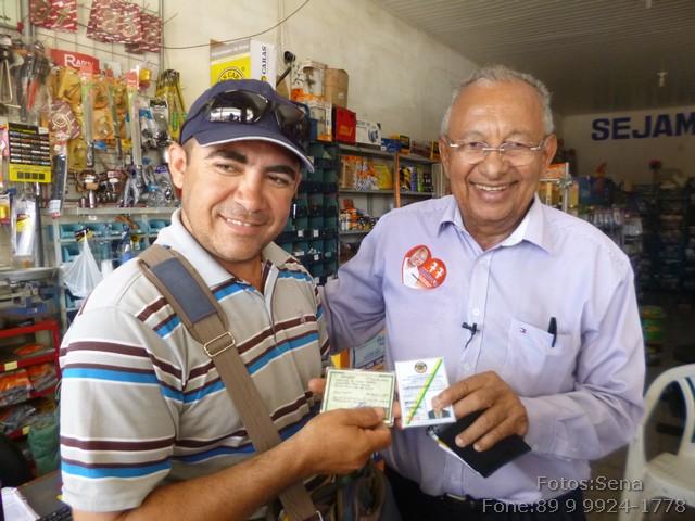 Dr. Pessoa encontra familiares em Itaueira