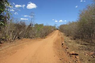 Estrada e perfuração de poço são obras de Joãozim Manu em São João da Serra