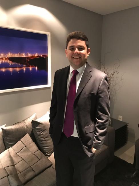 Conheça o advogado Carlos Henrique pré-candidato a presidência da OAB-PI