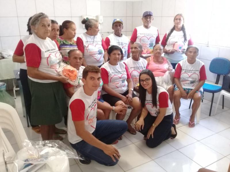 Prefeitura de Pau D'arco promove manhã de diversão com idosos