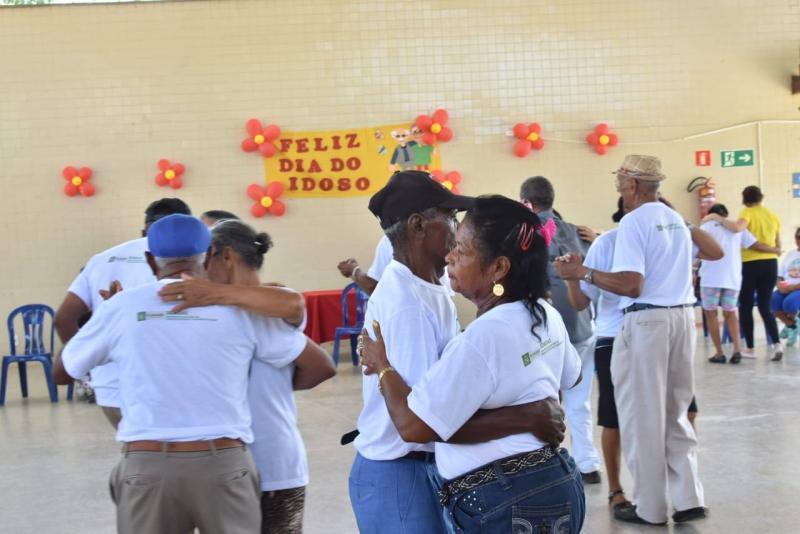 Secretaria de Assistência Social realiza comemoração ao Dia do Idoso