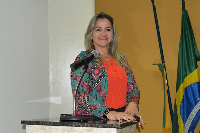 Luciana Martins destaca parcerias politicas da Prefeita Neidinha Lima
