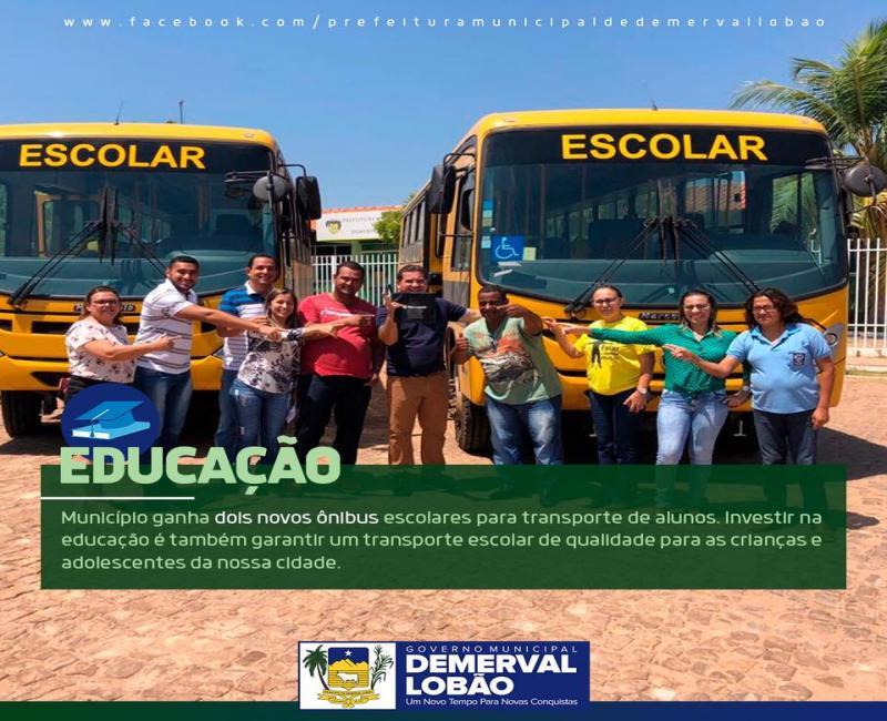 Demerval Lobão recebe novos ônibus escolares para os alunos