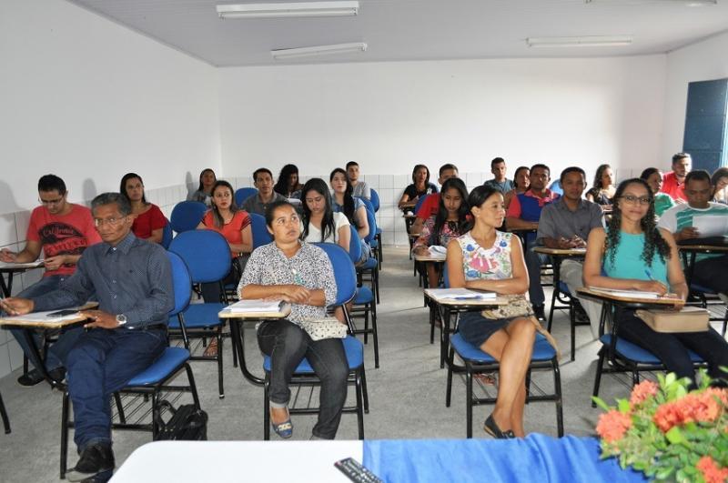 Universidade Aberta inicia curso de Administração em Avelino Lopes