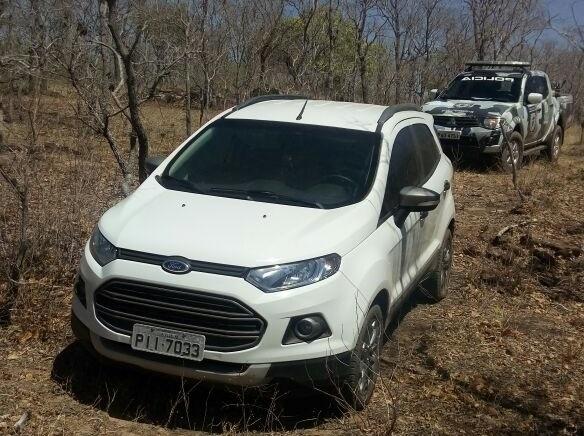 Carro roubado no Maranhão é recuperado pela PM no Piauí