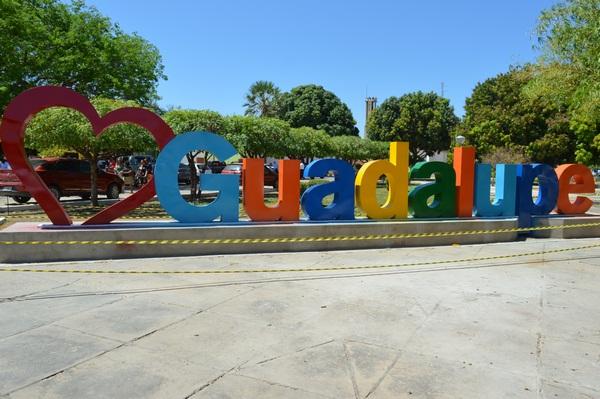 Guadalupe: votação para presidente e governador