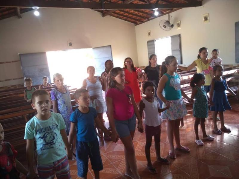 Bispo Dom Francisco participa de Missões em Beneditinos