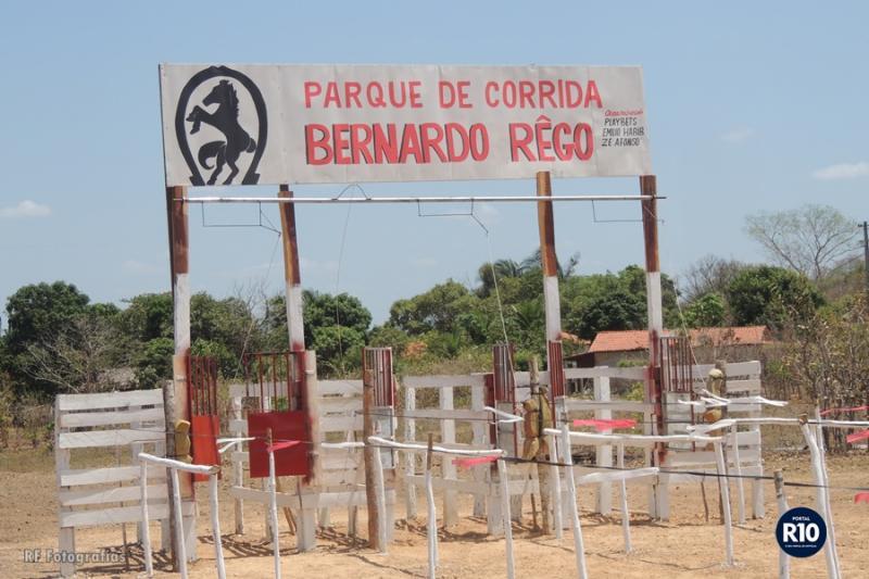 Tudo pronto para Corrida de Cavalo no Parque de Corrida Bernardo Rêgo