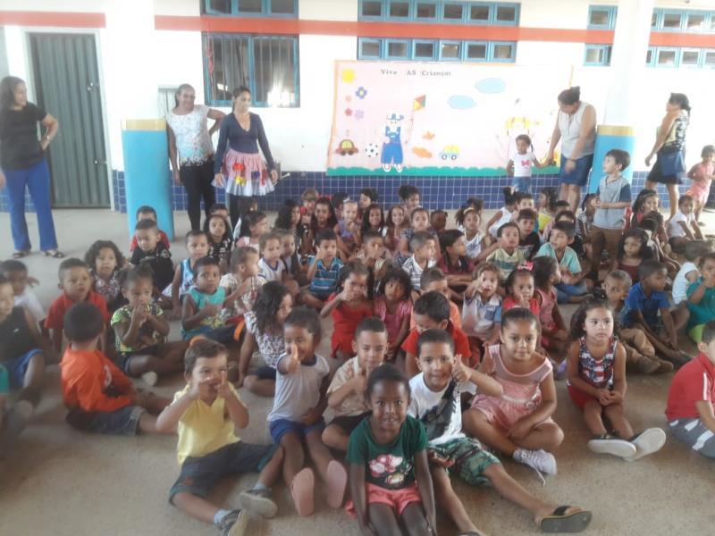 Escolas Municipais realizaram  comemoração alusiva ao dia das Crianças