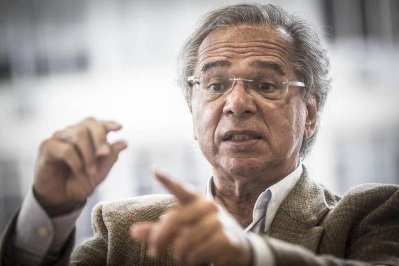 Paulo Guedes propõe redução drástica de tarifa para importação