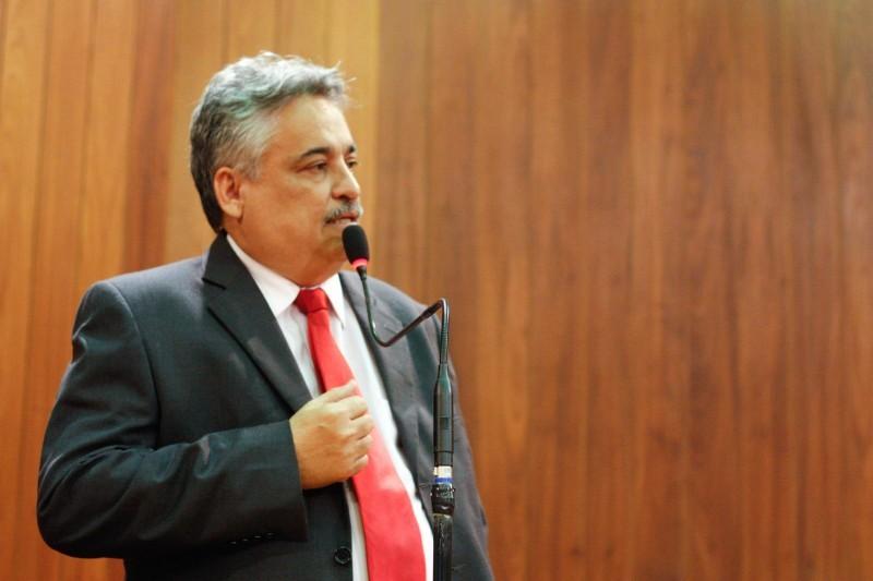 Deputado Robert Rios passa mal durante sessão na Alepi