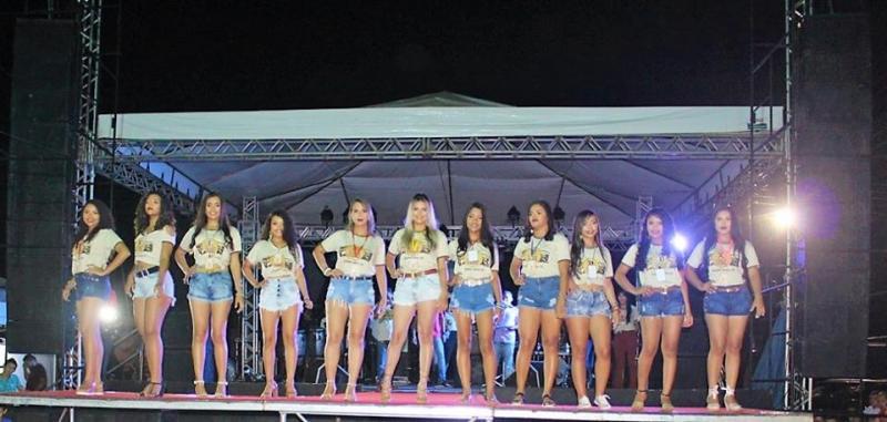 XI Expofeira de Caprinos e Ovinos: Desfile da Rainha do Bode
