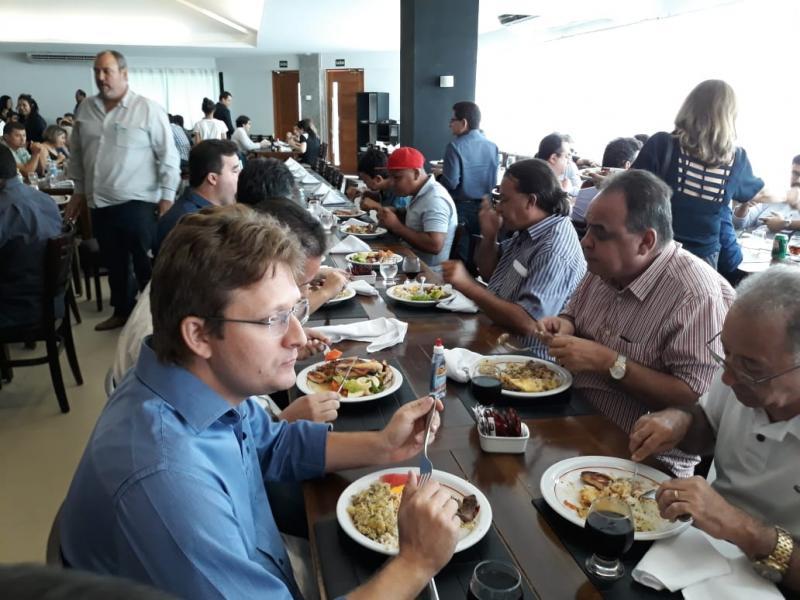 Prefeitos da Ampar se reúnem para discutir eleições