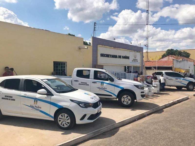 Prefeitura de São Pedro faz aquisição de veículos e equipamentos