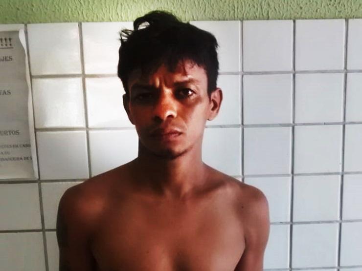 Homem ameaça agredir e beber o sangue da própria avó no Piauí
