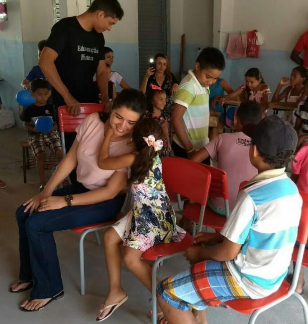 Escola da zona rural realiza linda festa para as crianças