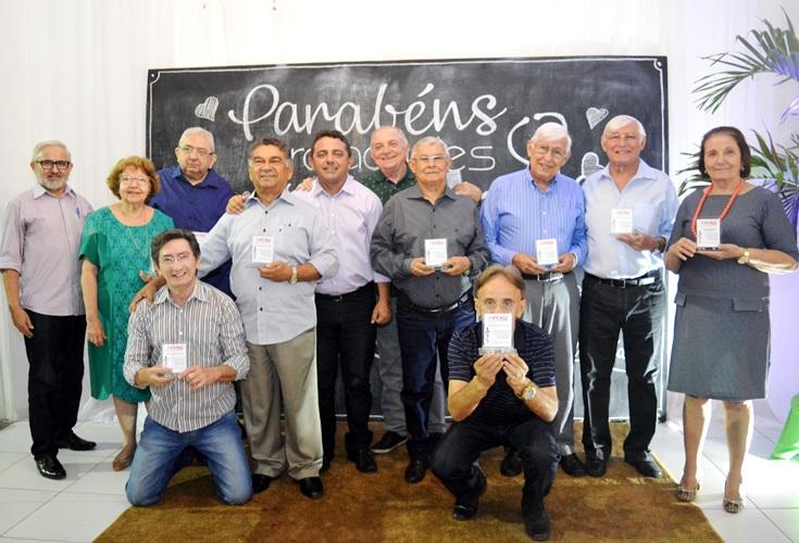 Prefeito professor Ribinha prestigia homenagem aos médicos em Campo Maior
