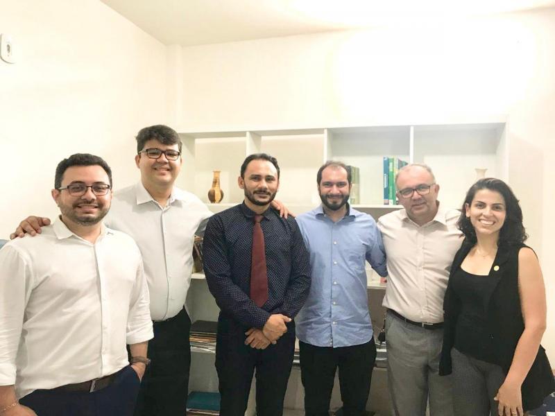 Em visita a região Norte movimento UNA conquista apoio de advogados