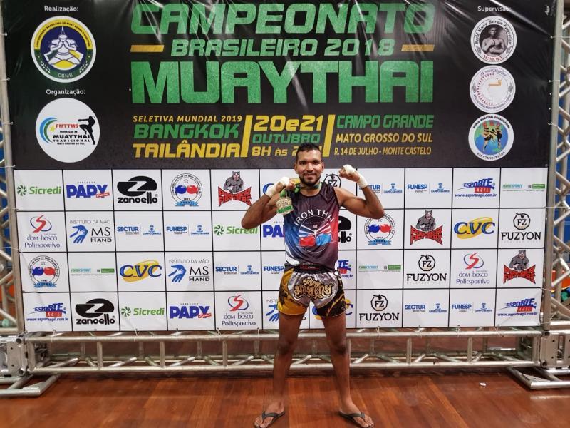 Atleta piauiense vence campeonato brasileiro de Muay Thai