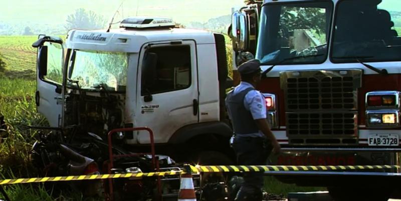 Dupla sertaneja morre em acidente de carro